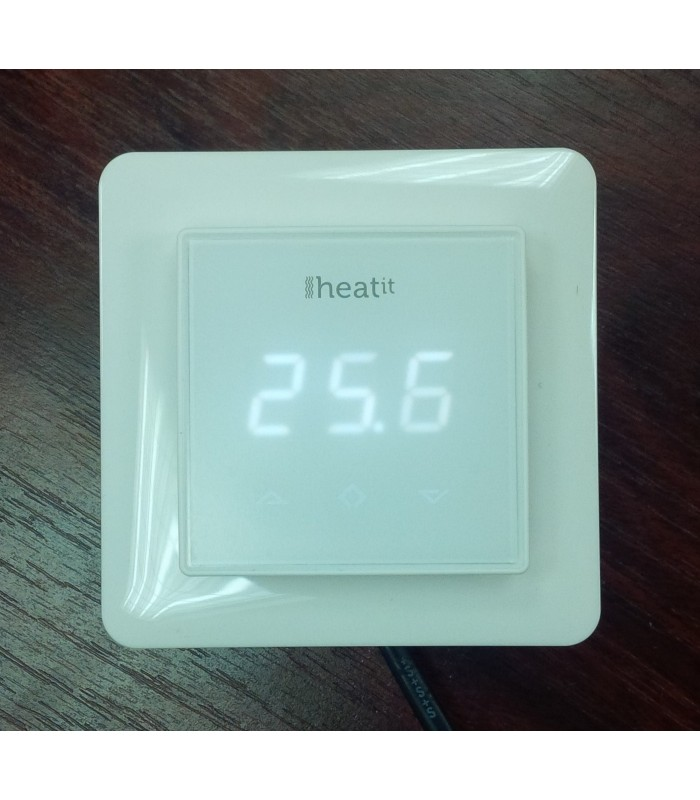Heatit Z Wave Thermostat White