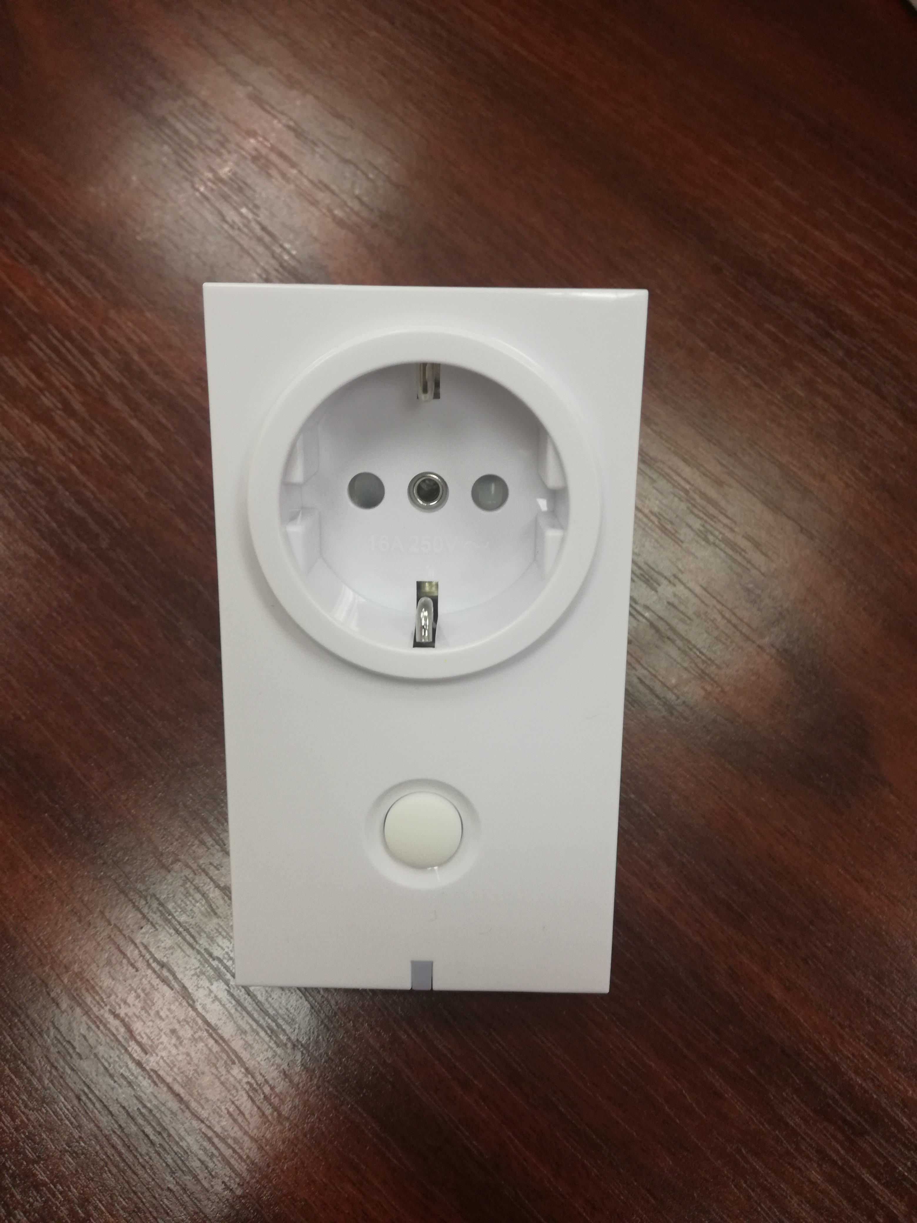 Duwi Wall Switch (IP20) Plug in Z Wave module with On/Off functio  #3F2219
