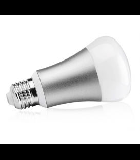 Hank RGBW LED Žiarovka