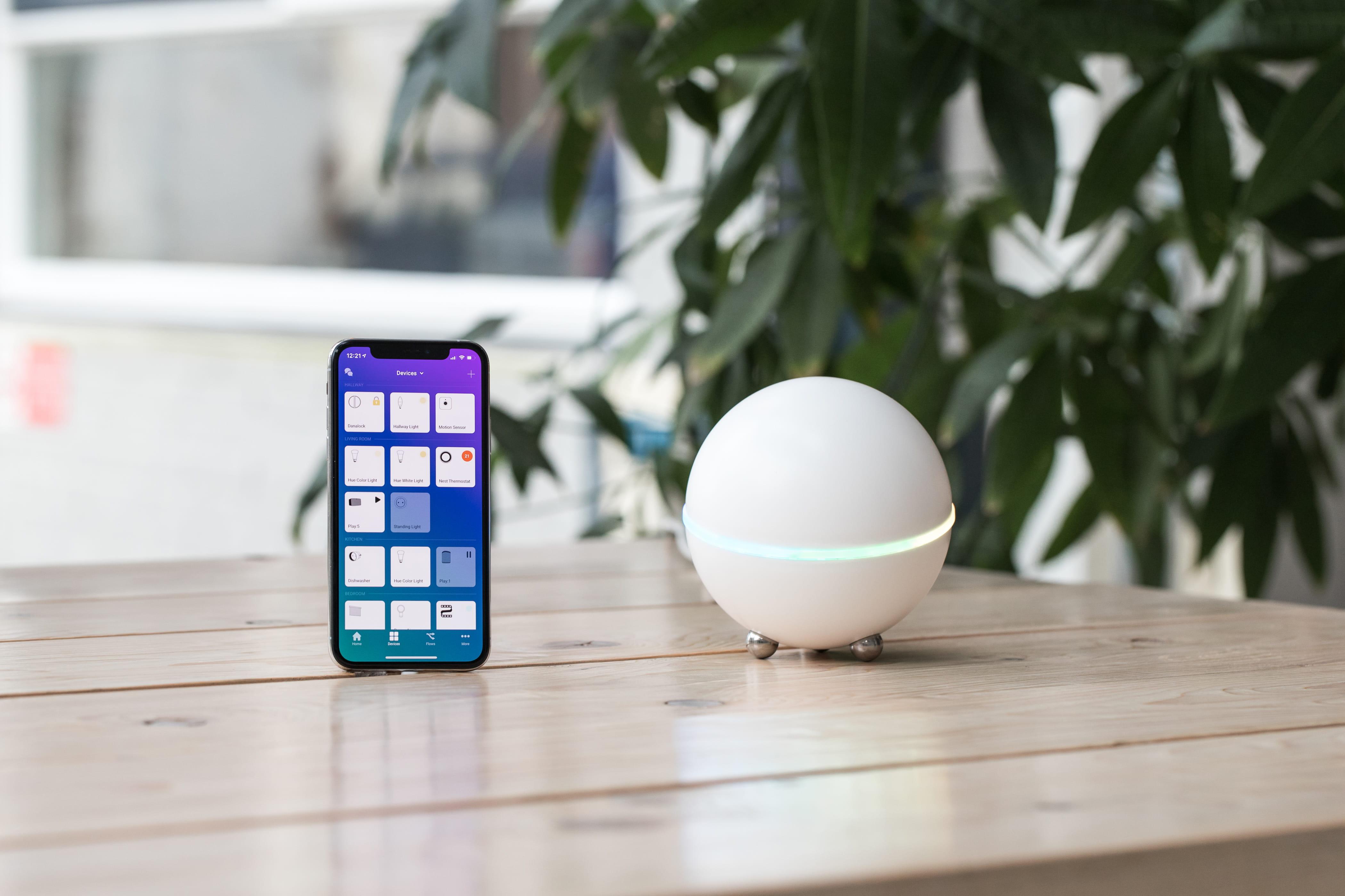 Smart centrum Athom Homey pre vašu inteligentnú domácnosť
